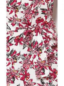 Vestido corto estampado floreado