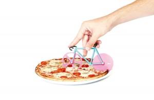 Cortador de pizza con forma de bici Doiy DYFIXIEAN rosa