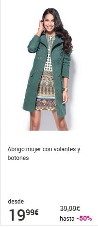 abrigo de mujer con volantes y botones