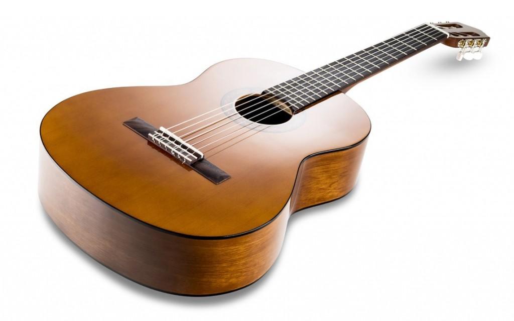 guitarra-clasica-yamaha-c40-para-adultos