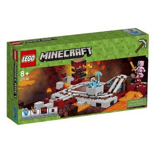 Tren del infierno Lego Minecraft 21130