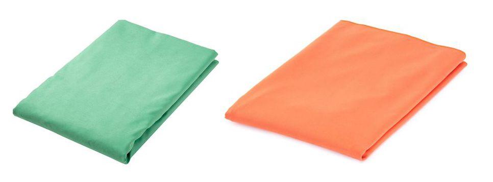 Toalla de microfibra AmazonBasics verde y naranja